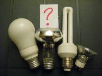 Qual è l'intruso? LED vs lampadina a incandescenza